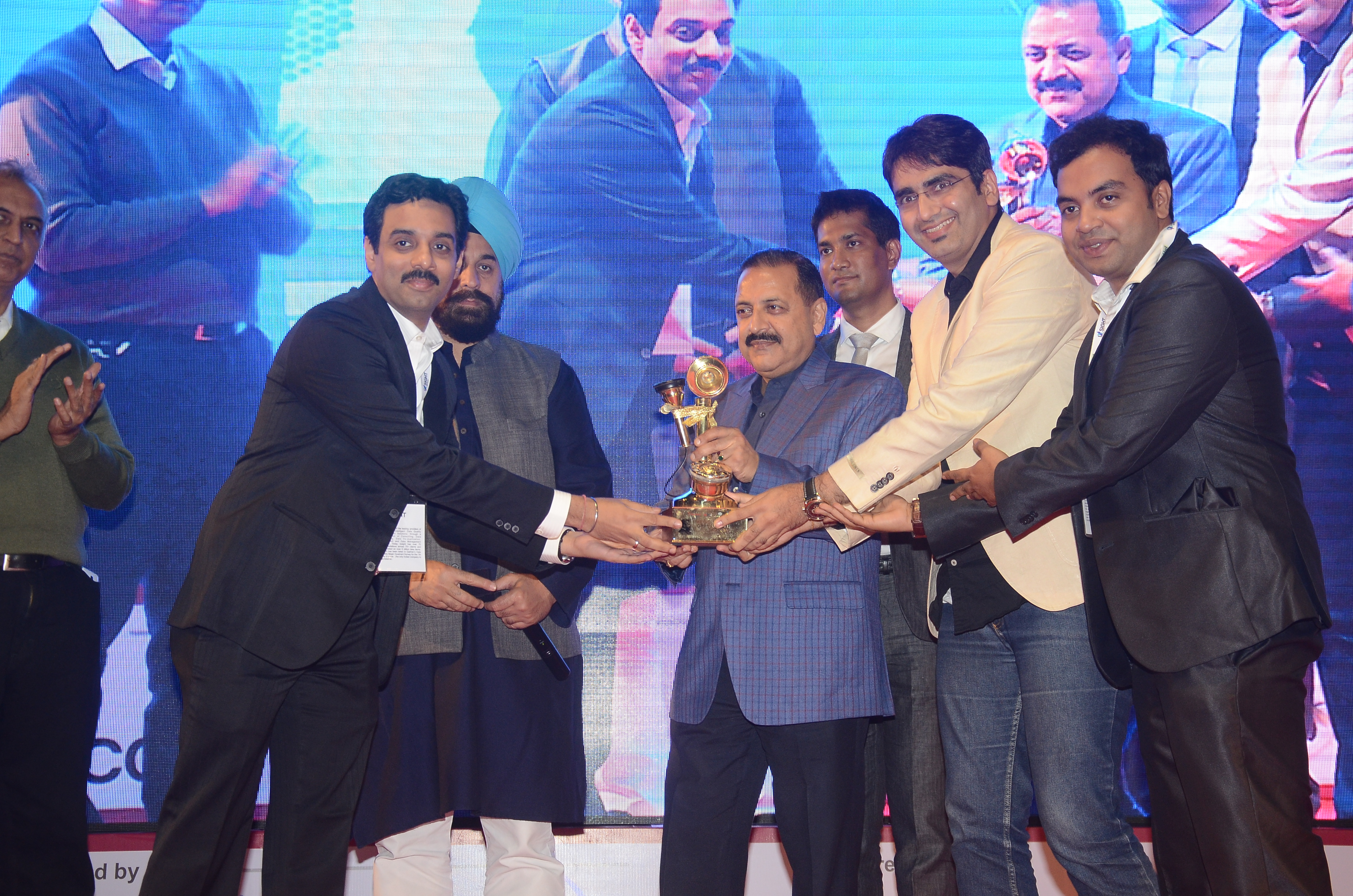 Axis Bank Pvt Ltd - Social Pay winner 2015
